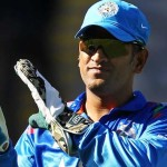 MS-Dhoni-of-India-acknowledges-the-crowd-after-Indias-innings-during-the-One-Day-Inte