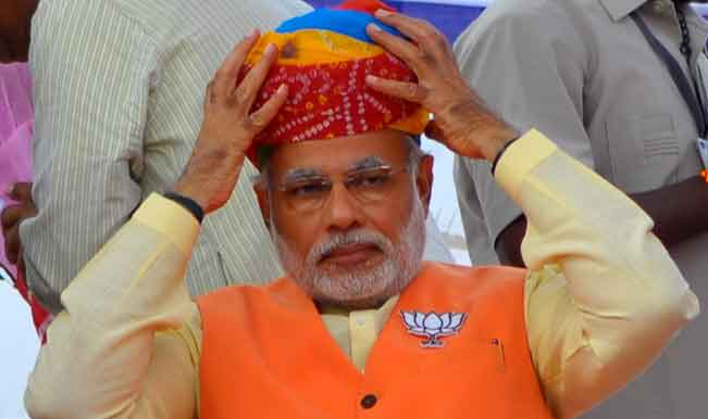 bjp-supporters-arrive-to-attend-bjp-prime-ministerial-candidate-and-gujarat-chief-minister-narendra-modi23