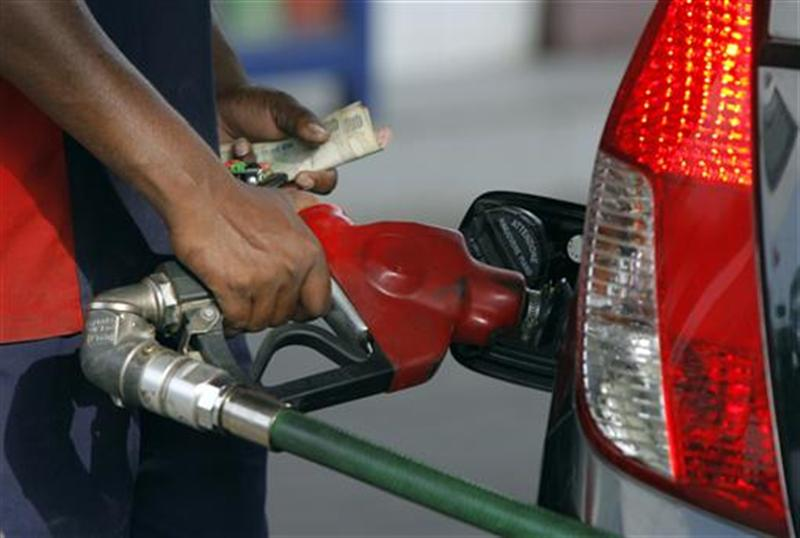 Diesel, petrol costs to be cut by R 2.50 for every liter