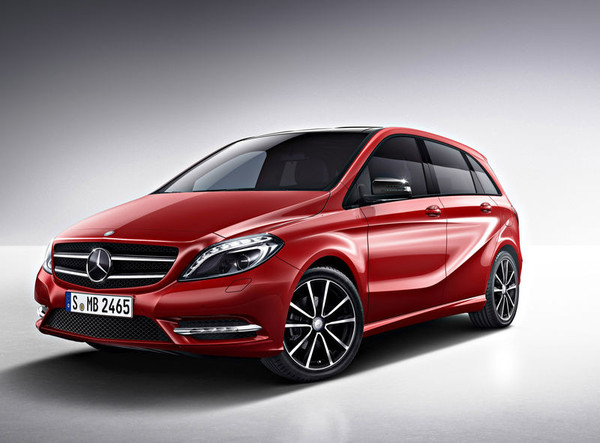 Mercedes-Benz-B-Class-Top-Car-In-India-With-Moonroof